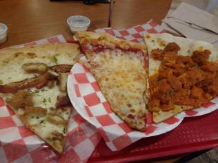 Eddie&SamsNYPizzaSlices3