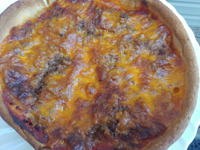 CheddarBurgerDeepDishPizza2