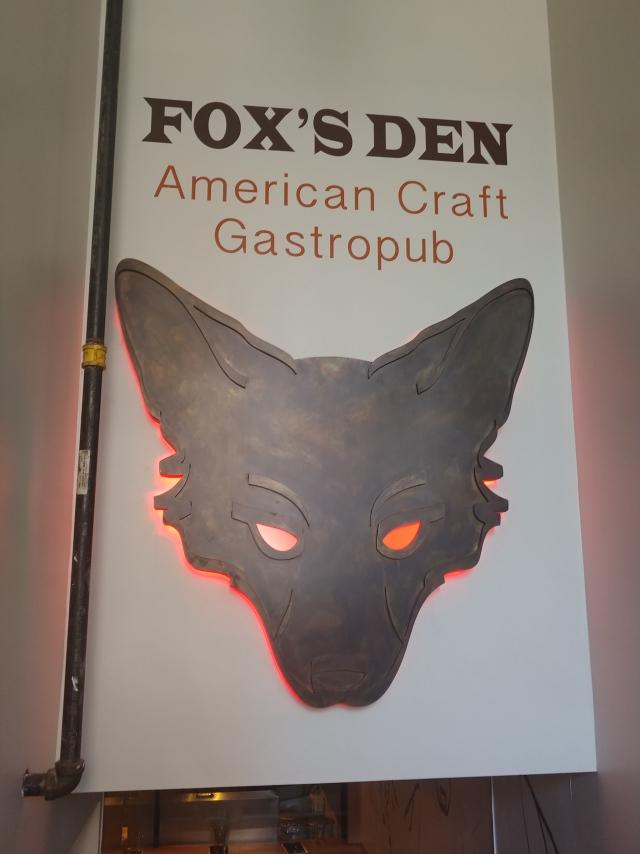 FoxsDen