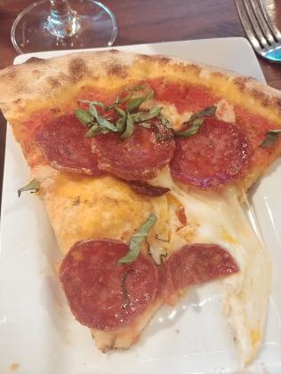 FoxsDenPepperoniPizzaSlice2