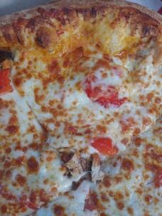 BozzellisBoomBoomChickenPizza2