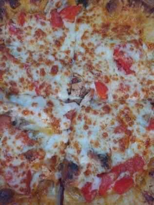 BozzellisBoomBoomChickenPizza4