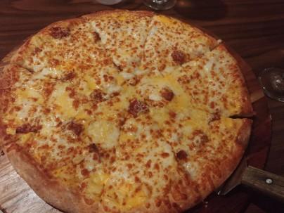 BozzellisMicMacPizza3