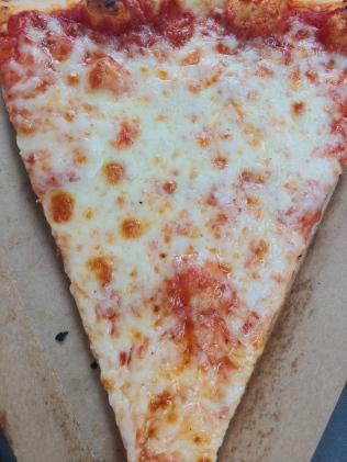 WegmansCheesePizza2